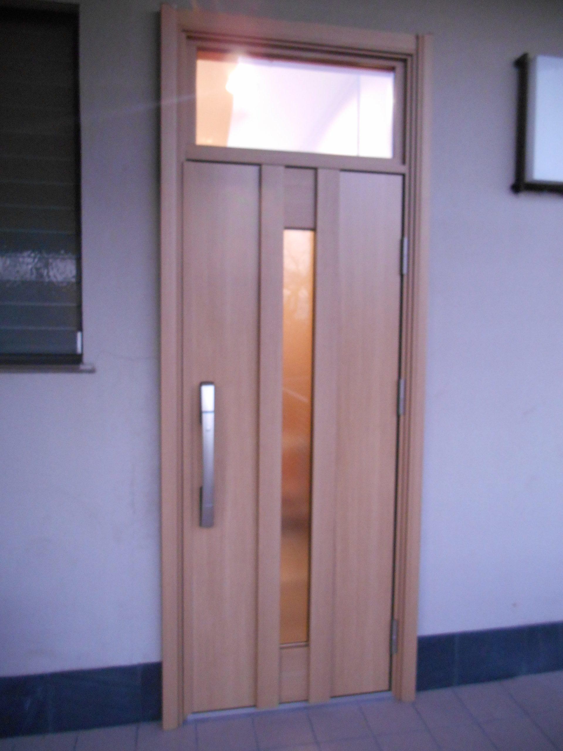 アルミ製玄関ドア